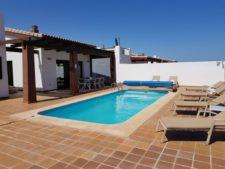 villa-bella-outside (2)